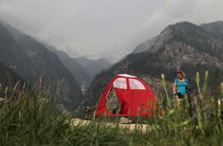 Camping-on-hut