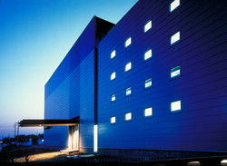 建築家 前田康憲 事務所 オフィス 事務所 ショールーム 工場 物流