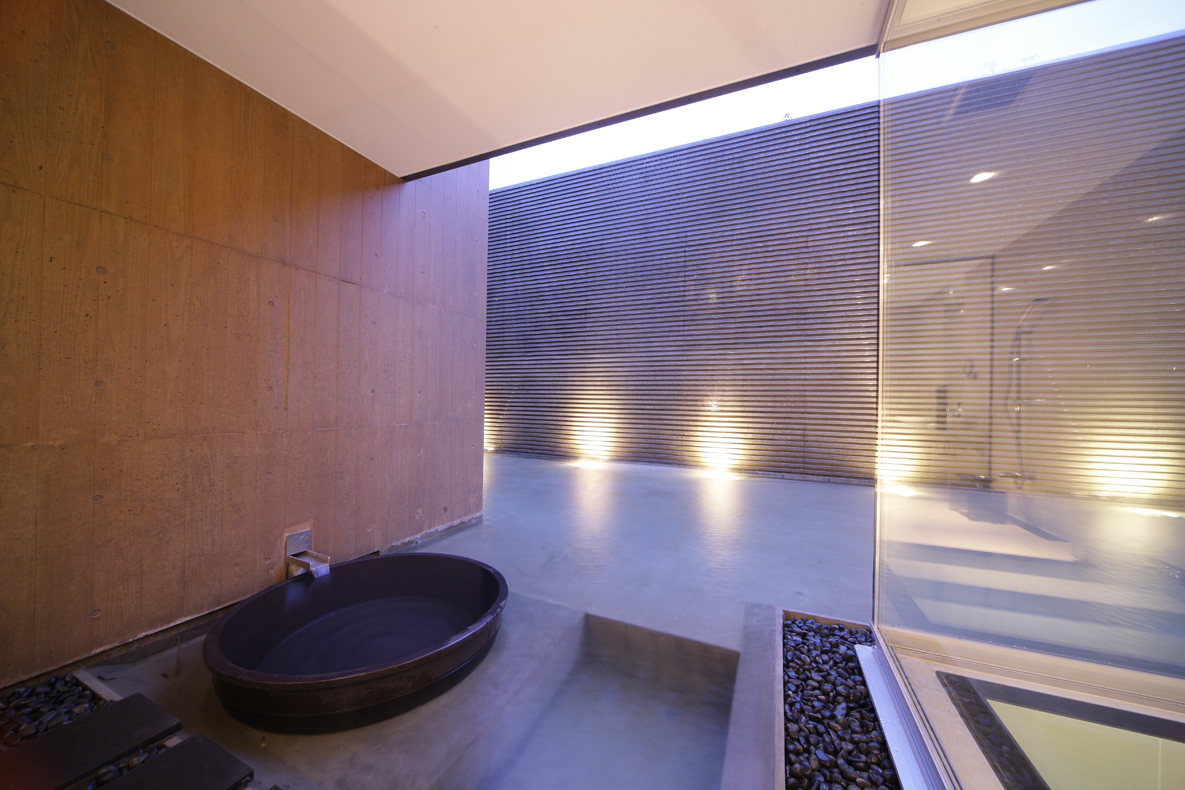 住宅建築家 前田康憲|高級邸宅 豪邸 別荘 | 設計事務所Mアーキテクツ