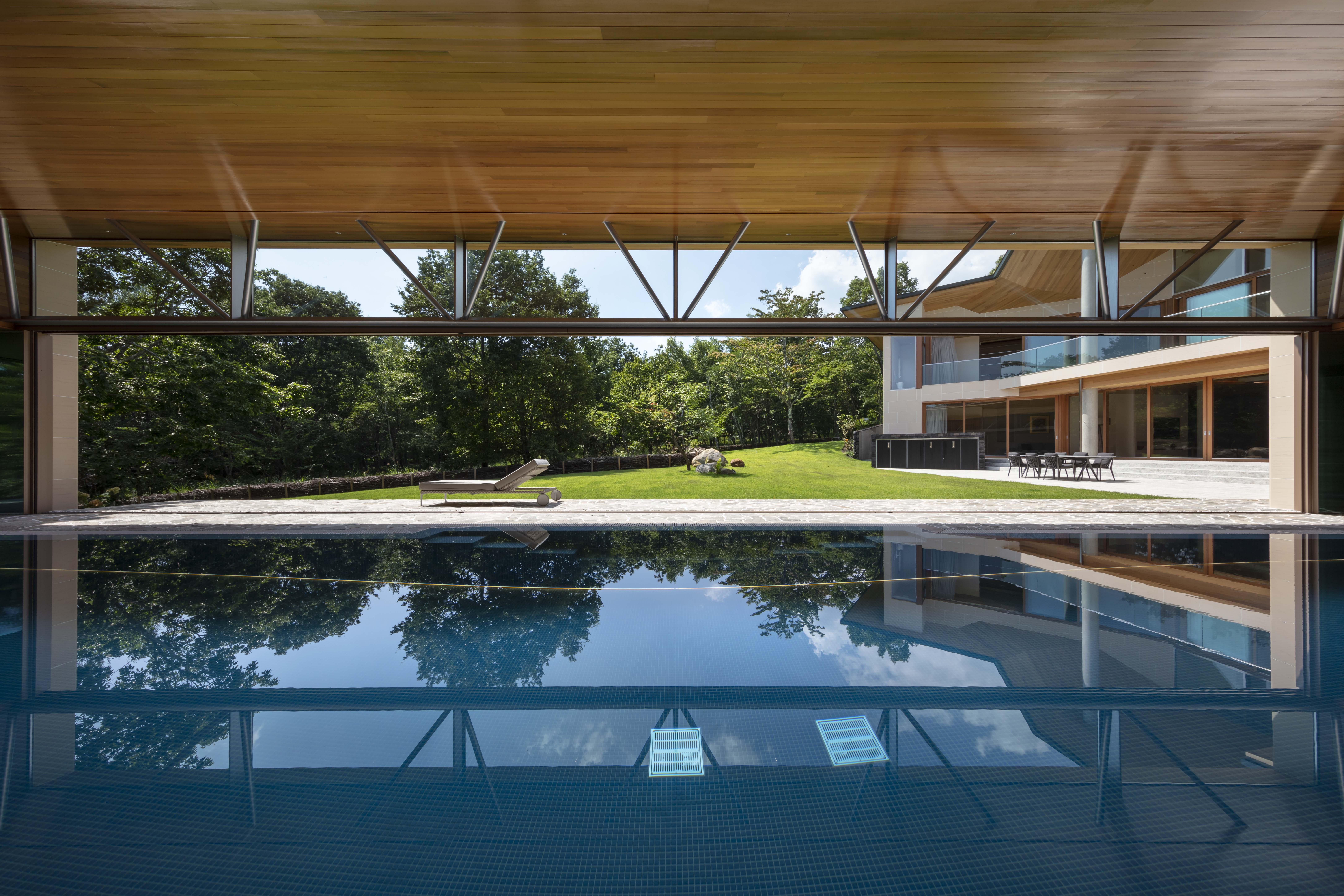 プールのある家_47