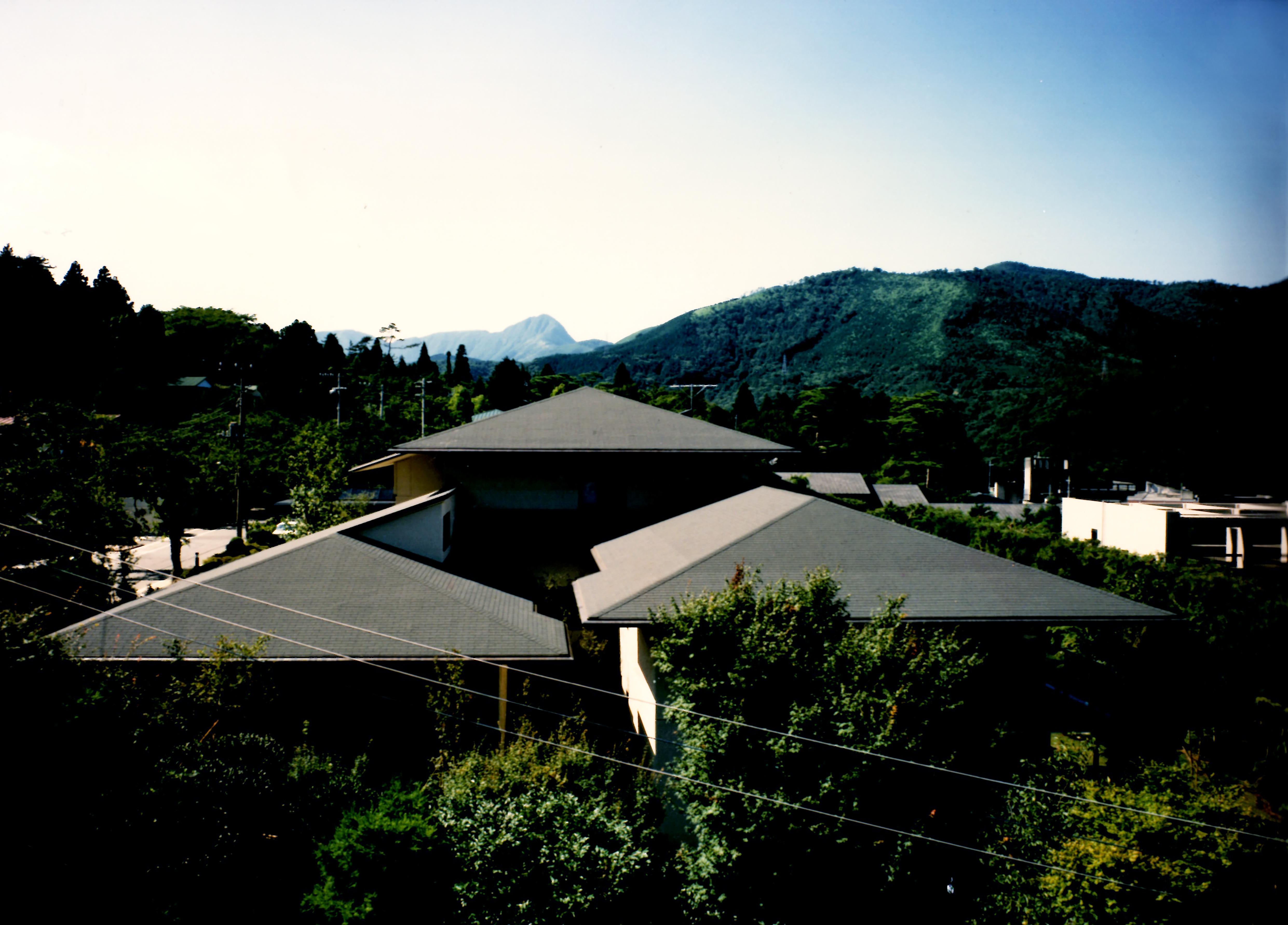伊勢丹強羅丹光荘遠景