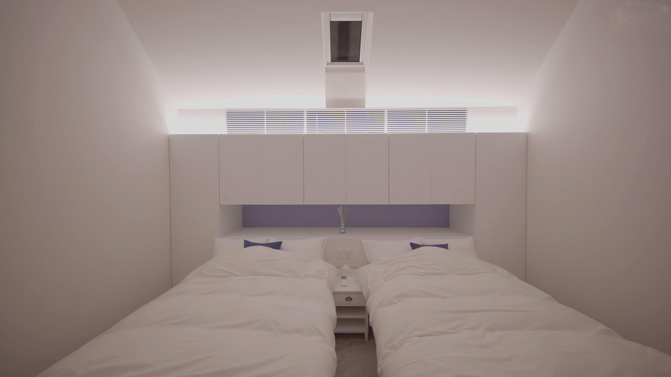 寝室_動画カット
