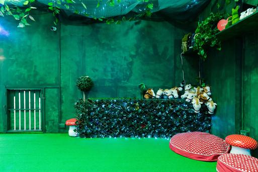 LPH-Decor-LowRes-201-Enchanted-Garden.jp