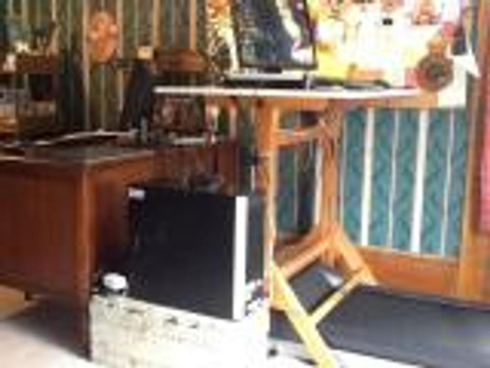 treadmill desk-May13