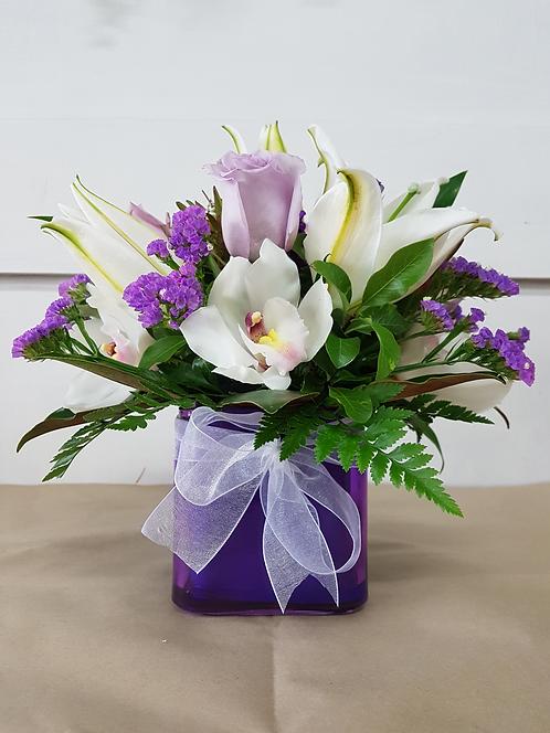 NEW mini Lilac Vase