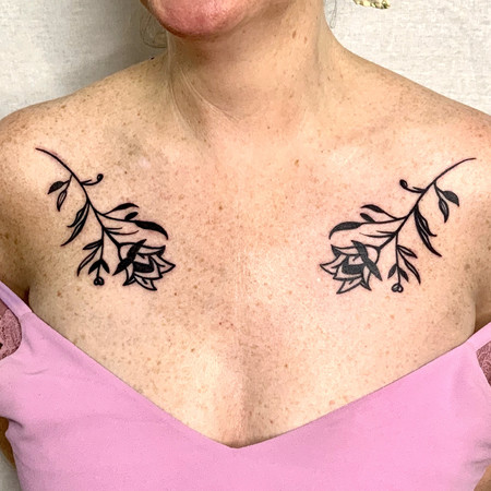 Blackwork graphic ornamental flowers bol