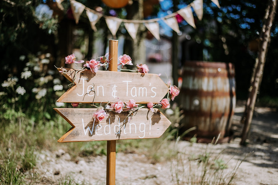 Deepdale Farm Wedding Photographer.jpg