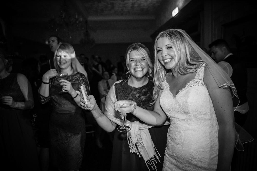 Kazooieloki: Lincolnshire Wedding Photographer, Hull Wedding Photographer, Wedding Photographer Lincolnshire, Wedding Photographer Hull, Wedding Photographer Brigg, Brigg Wedding Photographer, Wedding Photographer Scunthorpe, Scunthorpe Wedding Photographer, Wedding Photographer Lincoln, Lincoln Wedding Photographer, Wedding Photographer Grimsby, Grimsby Wedding Photographer, North Lincolnshire Wedding Photographer, Best Wedding Photographer, Confetti, Confetti Photography