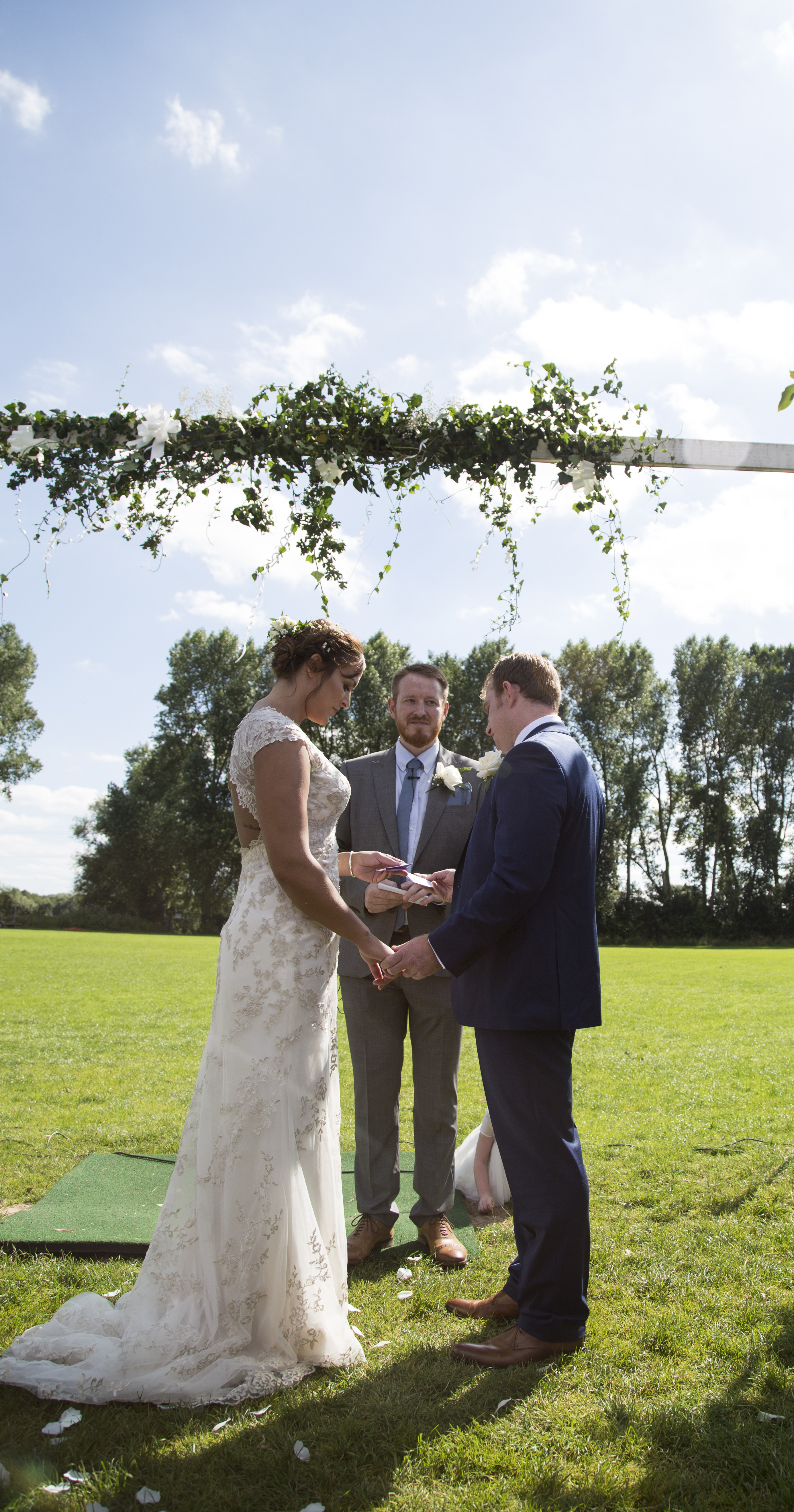 Natural relaxed wedding