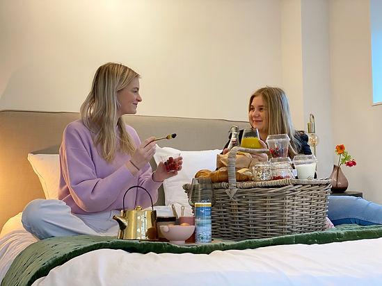 Ontbijt op bed, B&B Bij de Waegh