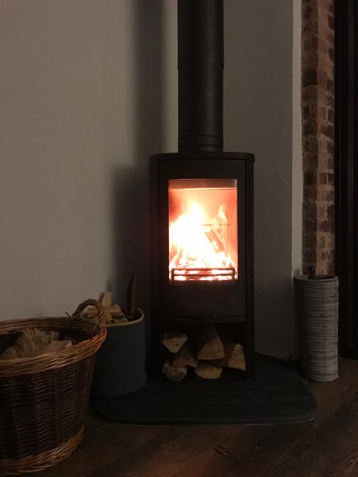 The Woodburner - Heron Cottage Devon