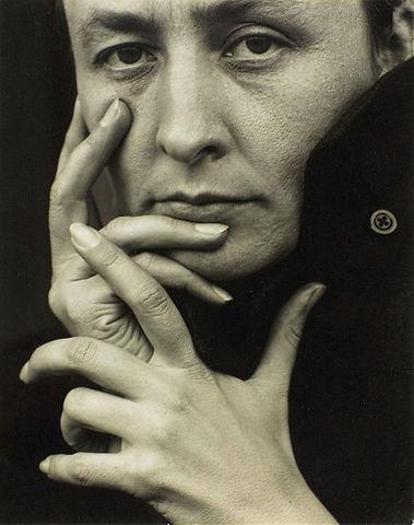569px-O'Keeffe-(hands).jpg