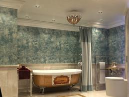 Classic Hotel Suit - Bathroom