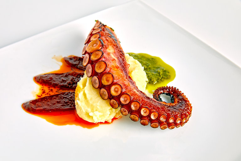 Octopus Grilled - plated as Smart Object