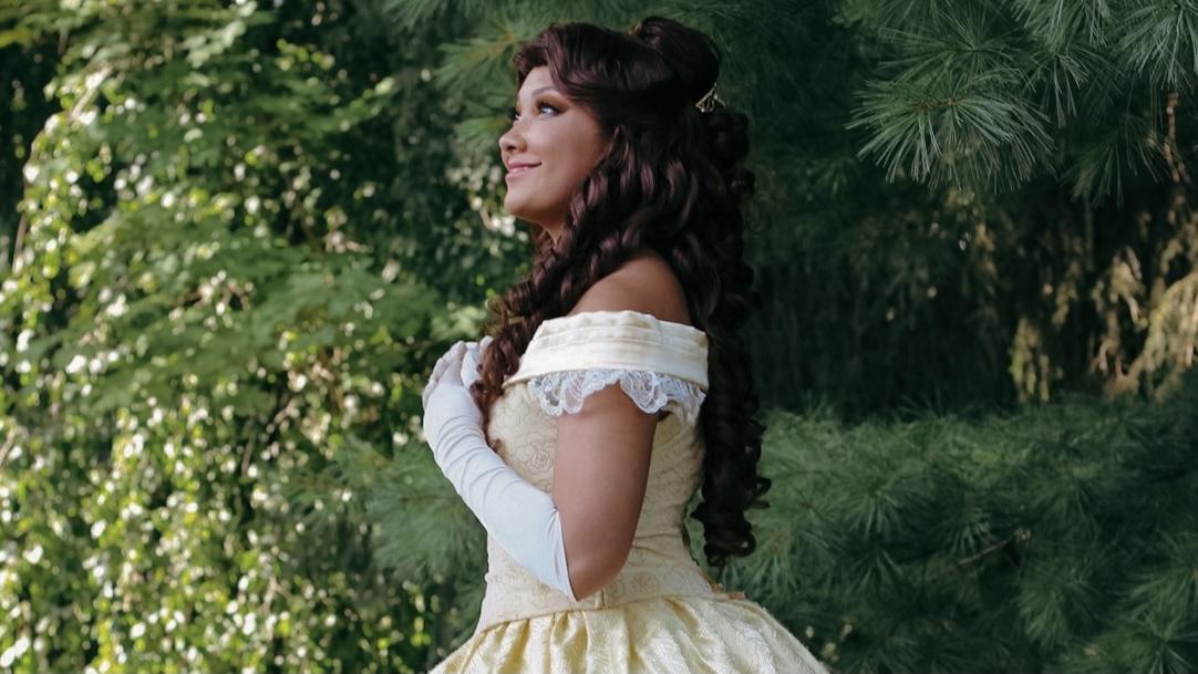 Shiva Larson as Belle
