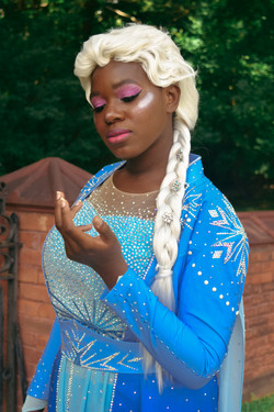 Angel Moon Cosplay as Elsa
