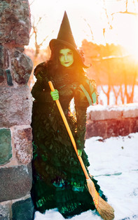 Elphaba by ChezPhoto