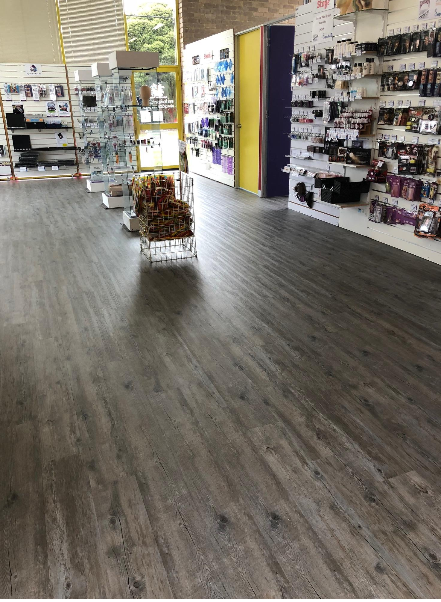 Knox shop Vinyl Planks