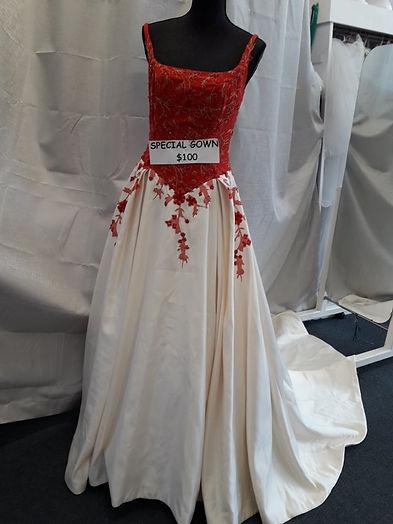 Gown 2.jpg