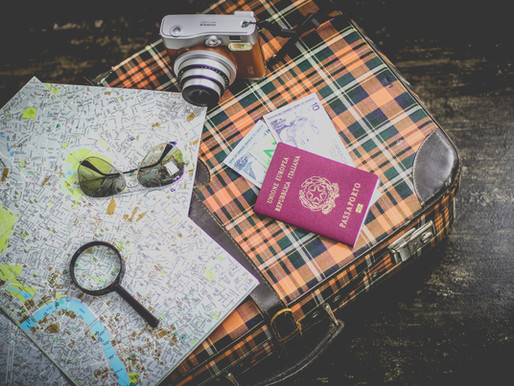 7 HANDY THINGS TO MAKE YOUR TRIP EASIER