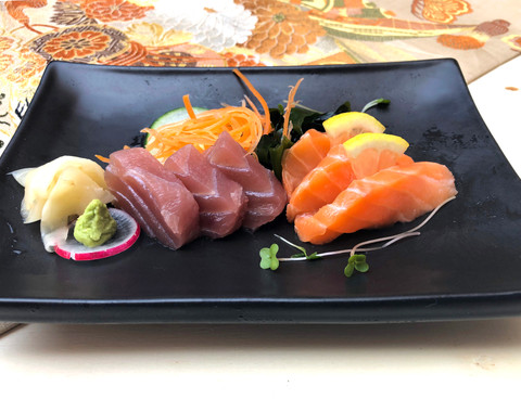 Tuna & Salmon Sashimi.JPG
