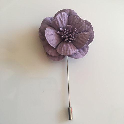 Lavender large petal lapel pin
