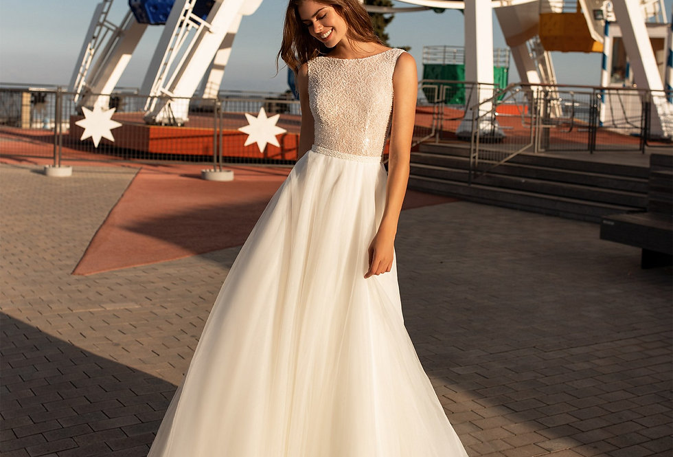 White One Gloria Wedding Gown