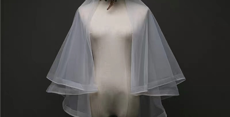 Two Layers Finger-tip Length Veil