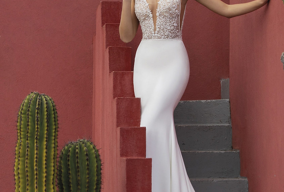White One Twinleaf Wedding Gown