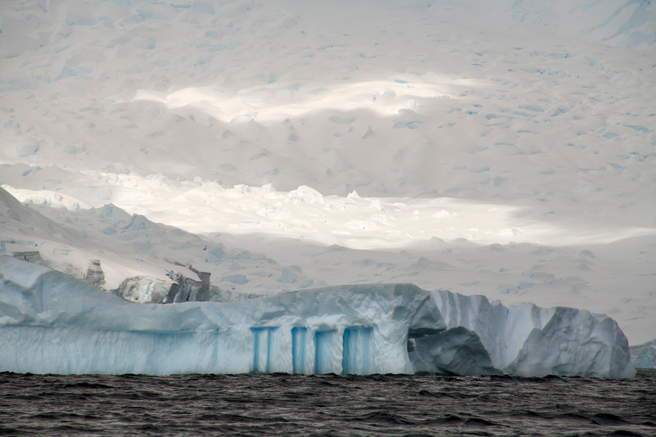 Iceberg with Columns