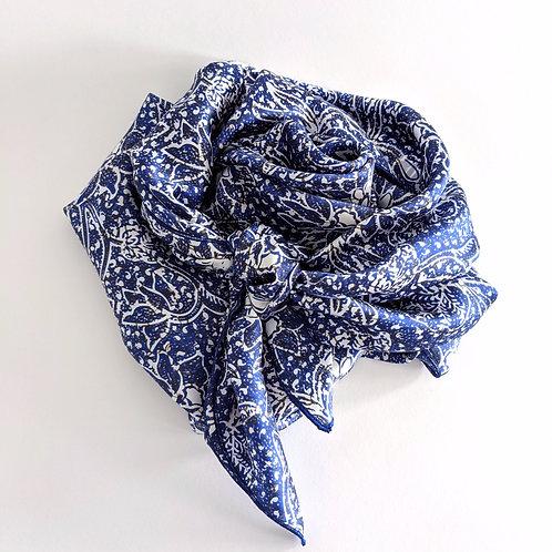 Blue Floral Wildrag