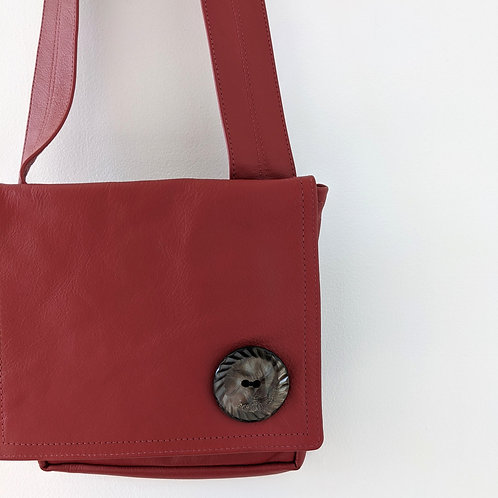 A Leather Purse by The Leathersmith