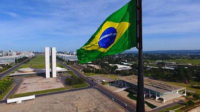 esplanada-Congresso-bandeira-Brasil-gove