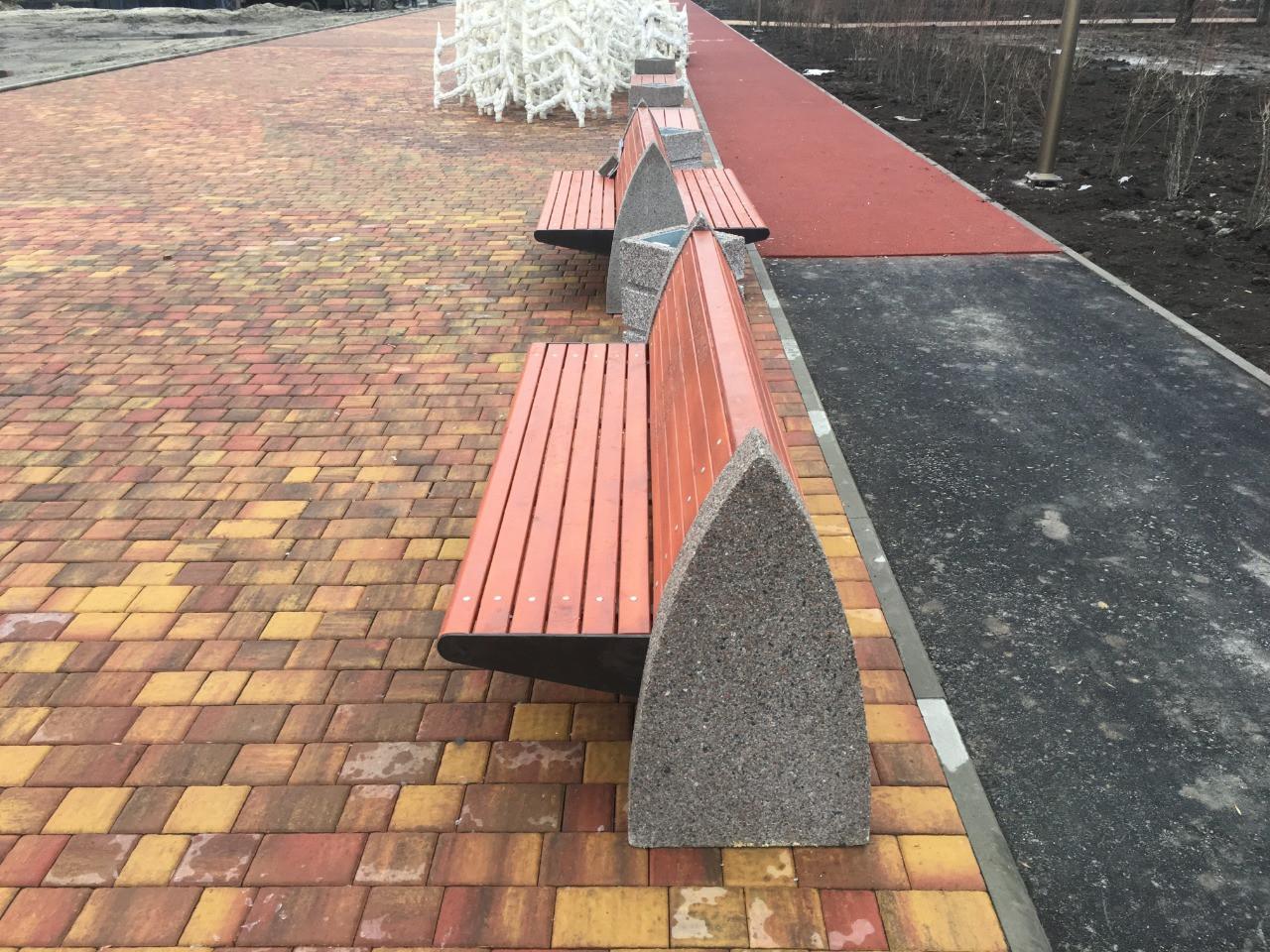 Скамейка со спинкой парк левобережный