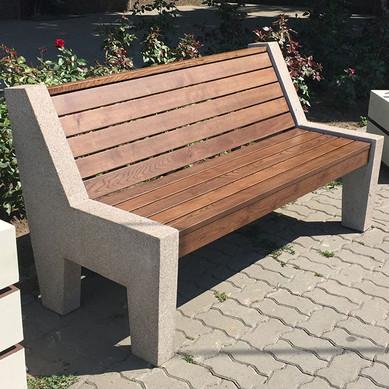 Скамейка со спинкой мраморная