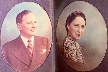 Colour photo of Henry and Miriam Freedma