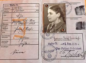 Hanna Singer ID card.jpeg