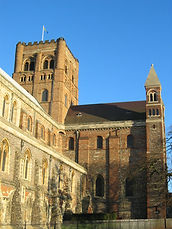 St-Albans-Cathedral-2005.jpg