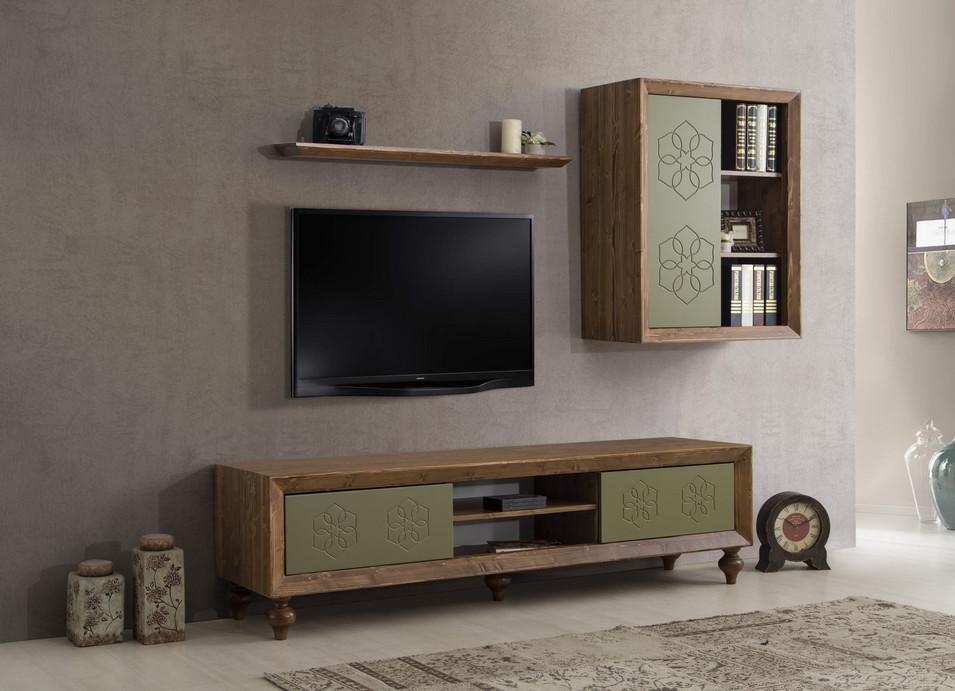 PE-TV-LDN1.jpg