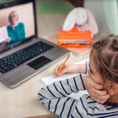 Preparación para un Nuevo Año de Escuela Virtual - Una Nota para los Padres
