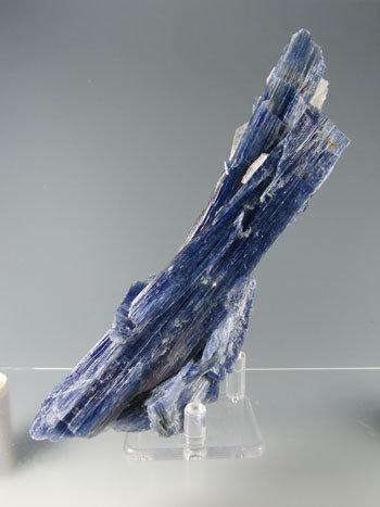 カイヤナイト kyn-5022