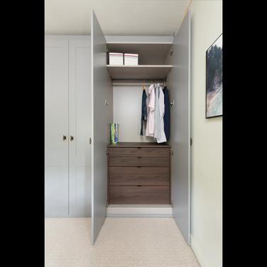 wardrobes animation.mp4