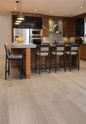 Red oak nwith gray stai