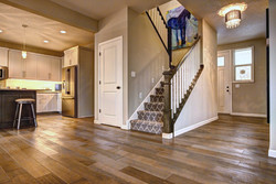 """6"""" White Oak wire brushed"""