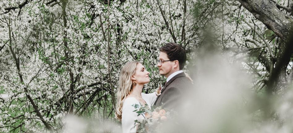 Hochzeitsfoto im Frühjahr