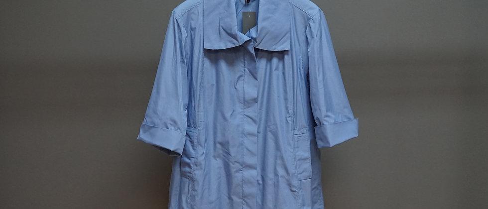 3/4 Zip Front Jacket w/ Tucked Back