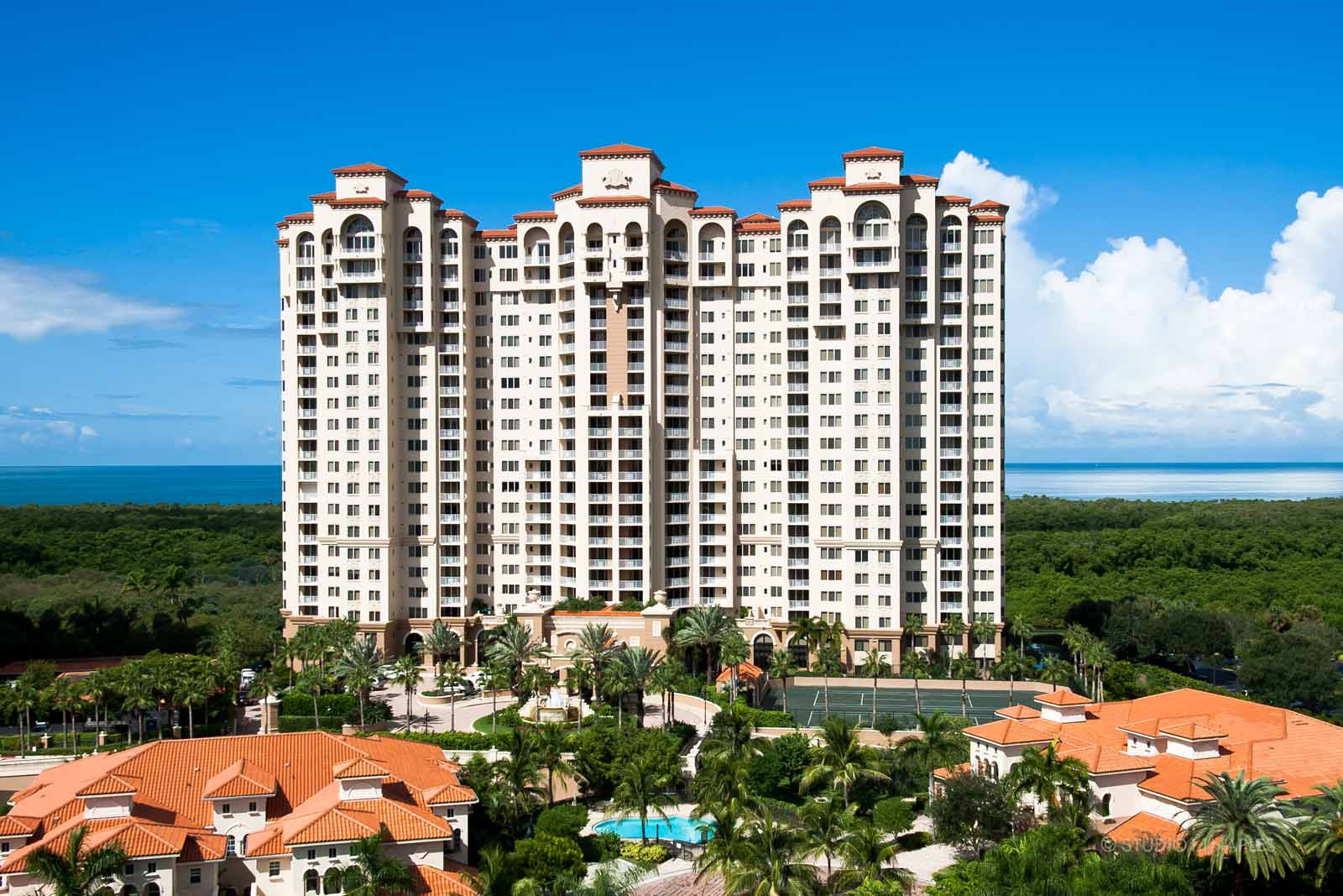 Pelican Bay High-Rise $3,900,000