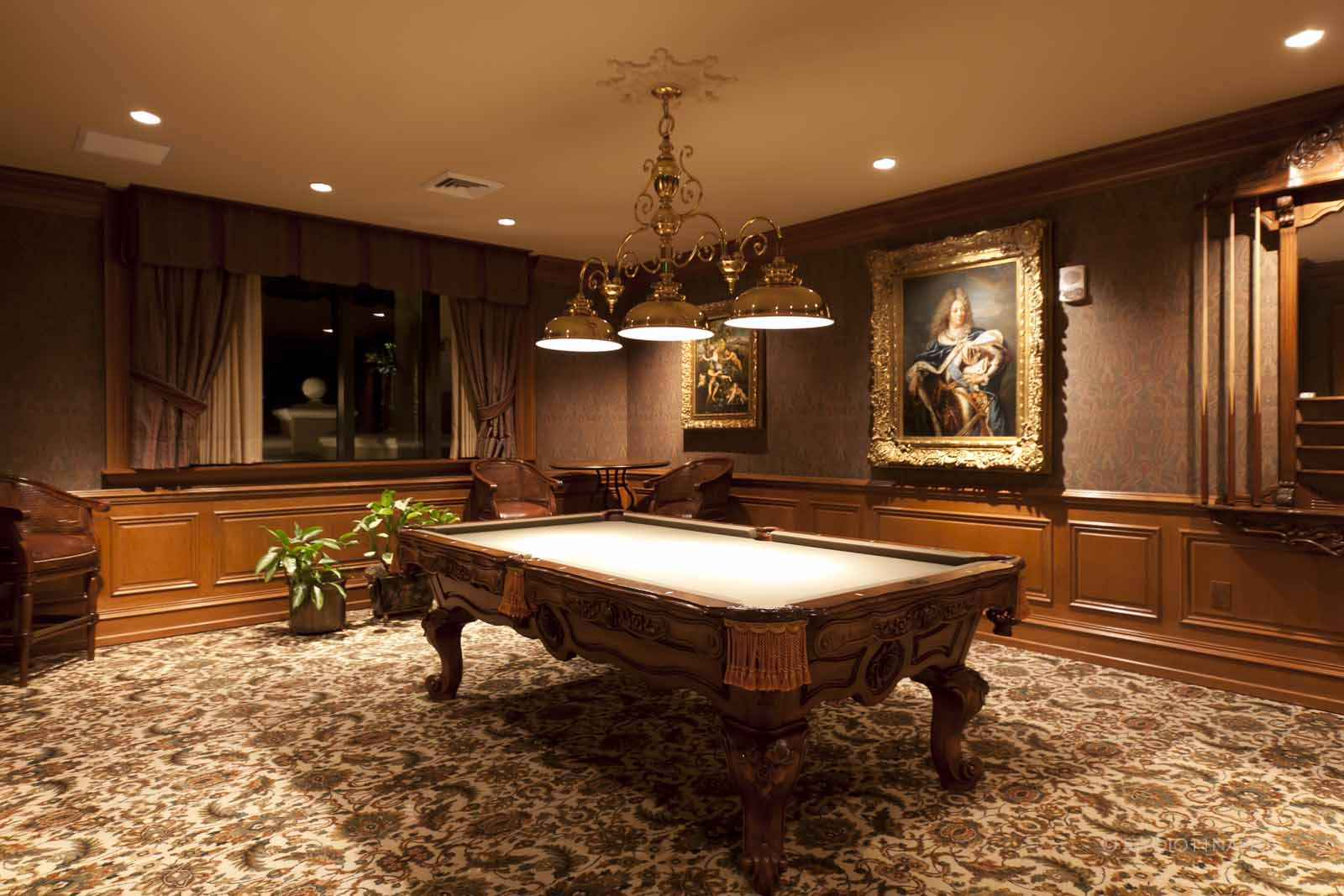 Cap Ferrat Billiard Room