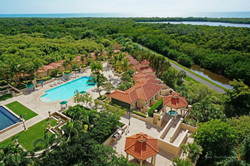 Cap_Ferrat_Pool_Spa_Grills_Cabanas_AERIAL_©NFRE