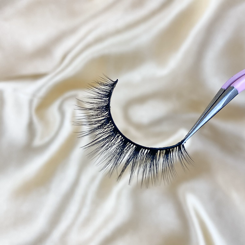 Independent Lashes